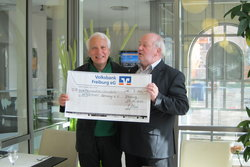"""Benefiz-Menü im """"Rheingold"""" 2.500,- Euro für Interplast"""